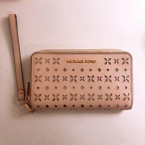 Michael Kors Jet Set Leather Wallet & Phone Holder
